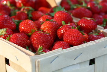 Strawberries-Fresh-Produce-Freshstore.jpg